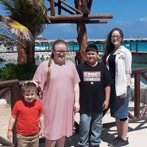 Meet your Posher, Christina, Stephanie & Brothers